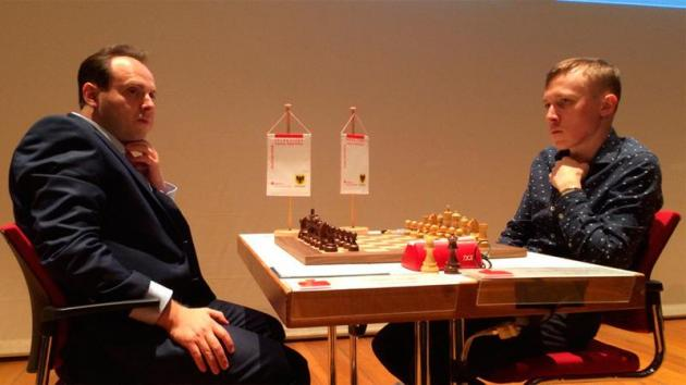 Ponomariov Catches MVL After Rook Endgame Masterclass