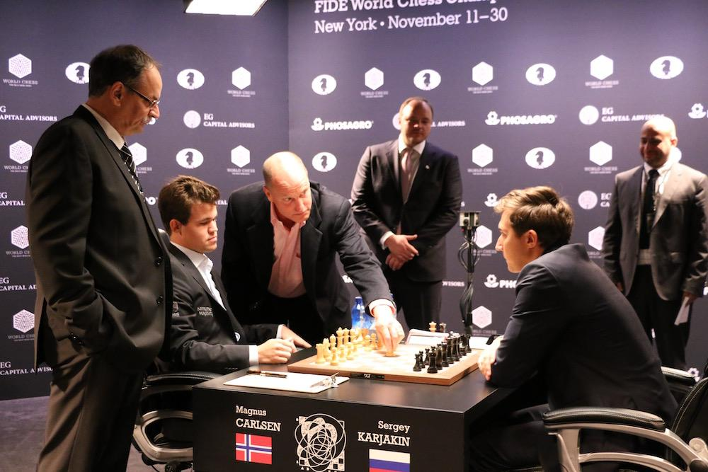 Carlsen Presses But Karjakin Holds In World Champs 1st Round Draw