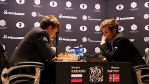 Carlsen Draws World Champs Game 4 In 'Weak Moment''s Thumbnail