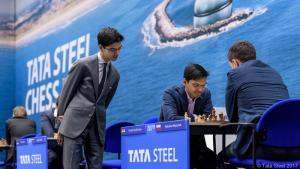 Miniatura de Tata Steel R6: Giri gana después de 14 tablas seguidas