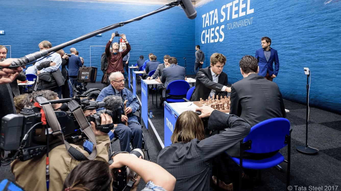 Carlsen Closing In On So After Beating Van Wely