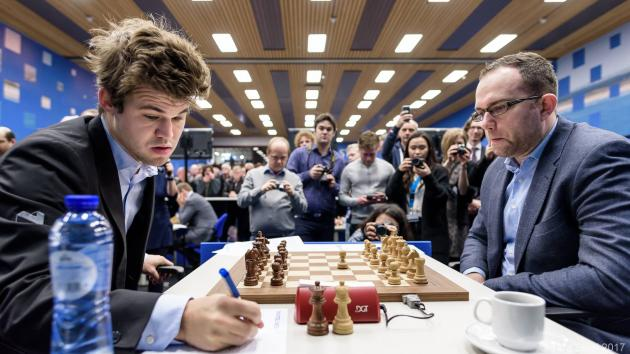 Carlsen, Aronian Win; Join Wei In Final-Round Chase