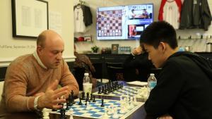Eine Sensation und die Partie des Turniers in Runde 7's Thumbnail