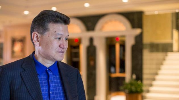 Ilyumzhinov pierde más poder como presidente de la FIDE