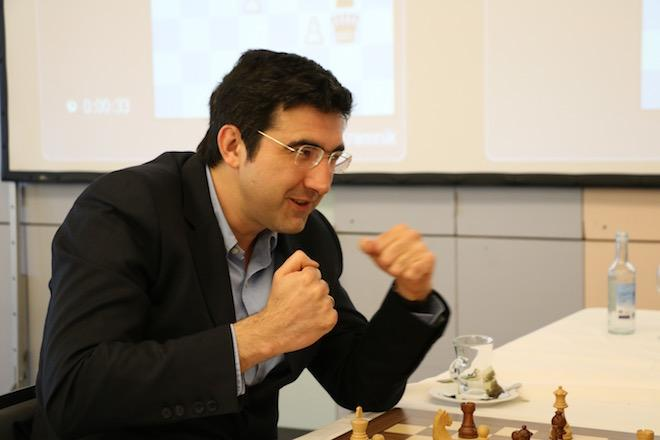 Nakamura, Svidler Lead After Fighting Chess In Zurich