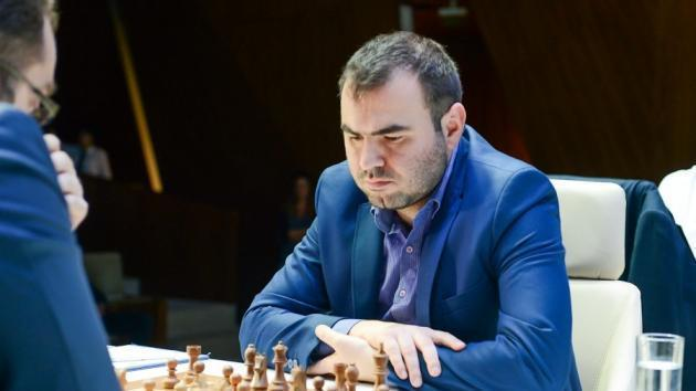 Mamedyarov Surpreende Eljanov, Rouba a Liderança em Shamkir