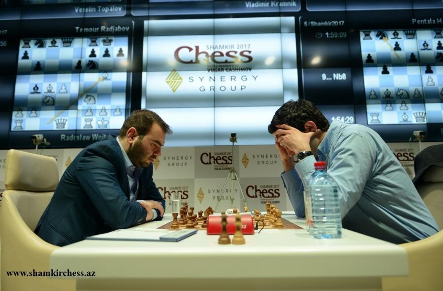 Mamedyarov økte ledelsen da Kramnik sleit