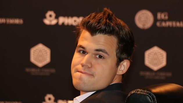"""Carlsen à l'institut Milker: """"Je ne pense pas connaître grand chose"""""""
