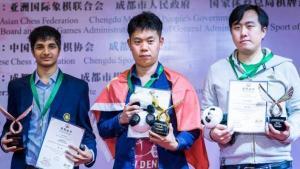 Miniatura de Asiático Continental: Wang Hao gana, Wei Yi decepciona