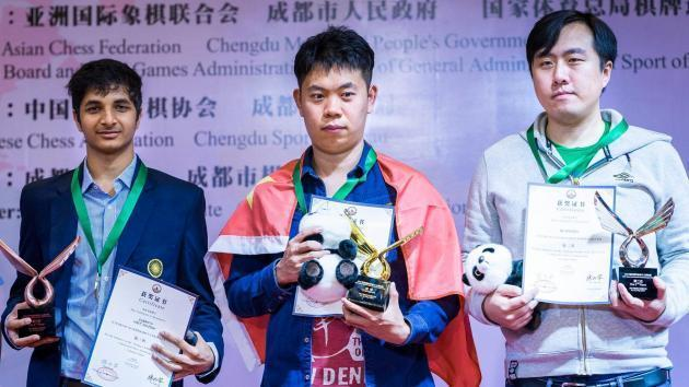 Asiático Continental: Wang Hao gana, Wei Yi decepciona