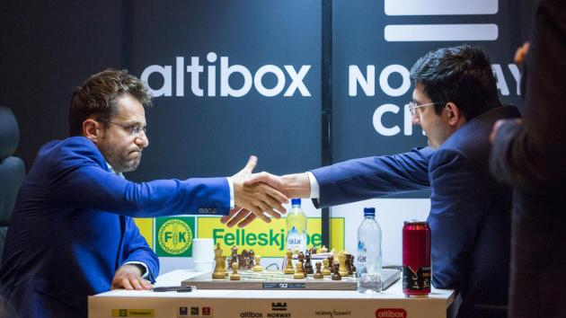 Aronian Beats Another World Champ, Catches Nakamura