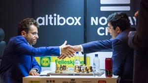 Miniatura de Aronián vence a otro campeón mundial y pilla a Nakamura