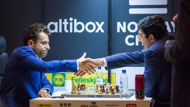Aronian Derrota Outro Campeão do Mundo, Alcança Nakamura
