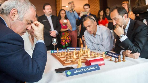 O Grand Chess Tour Arranca em Paris