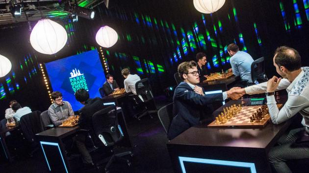 Париж: Карлсен сохранил лидерство после второго дня Grand Chess Tour