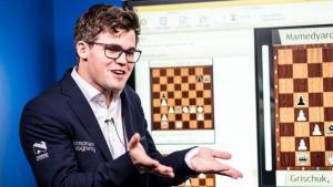Carlsen Primeiro nas Rápidas em Paris, Irritado na Entrevista's Thumbnail