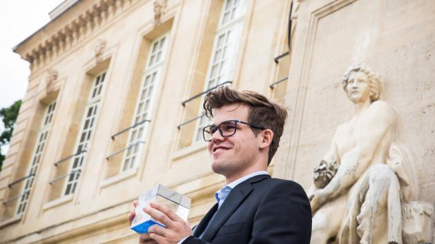 Carlsen besiegt MVL in den Playoffs und gewinnt das Grand Chess Tour Event in Paris
