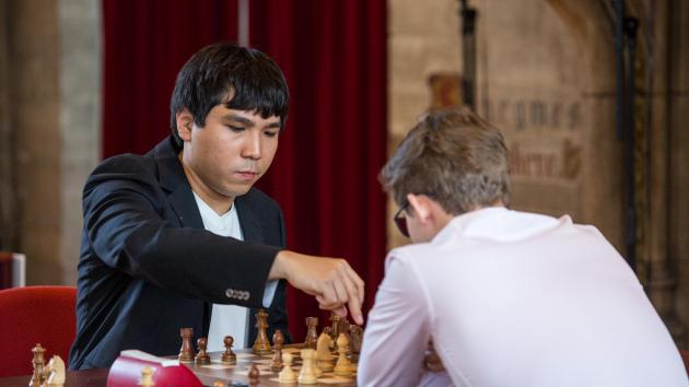 So Beats Carlsen, Leads In Leuven