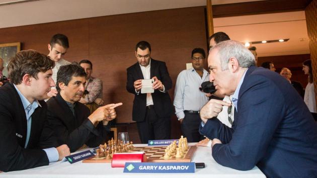 Kasparov jouera en blitz et rapide à Saint Louis!