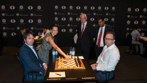 Radjabov Sacrifices His Way To 2/2 In Geneva's Thumbnail