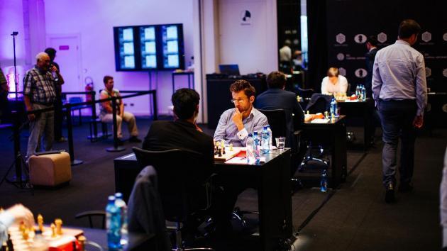 Genf, Runde 6: Harikrishna besiegt Aronian mit einem fantastischen Springermanöver