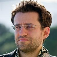 Awesome Aronian Still Tops Amber