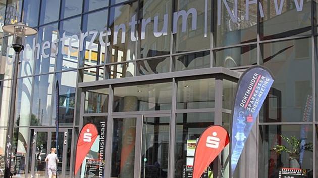 Buena jornada para las piezas negras en Dortmund