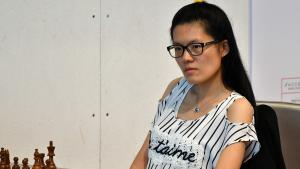 Hou Yifan Beats Biel-Leader Bacrot, 4 Tied For 1st's Thumbnail
