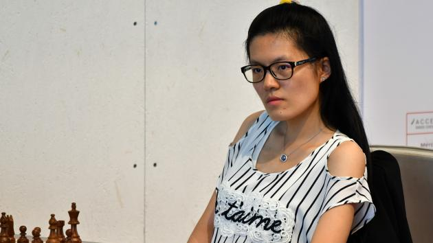 Hou Yifan Beats Biel-Leader Bacrot, 4 Tied For 1st