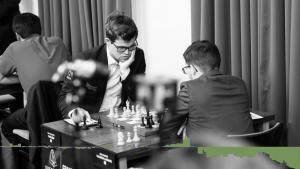 Carlsen tråkket feil i vunnet stilling og tapte mot MVL