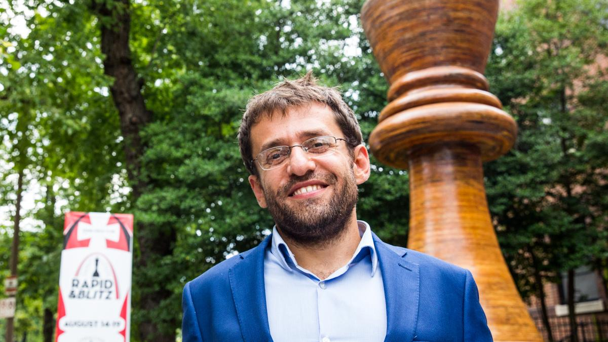 On 2nd Try, Aronian Gets St. Louis Win