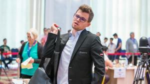Szok na Pucharze Świata: Carlsen, Kramnik, Nakamura poza turniejem's miniatury