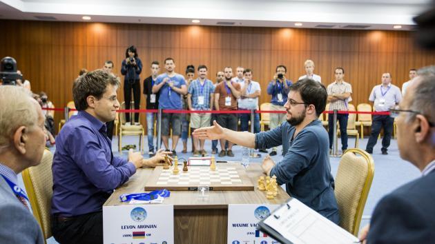 Aronian, Ding Na Final, Candidatos À Medida que Damas Batem Torres