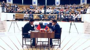 Aronian kann die erste Finalpartie mit Weiß nicht gewinnen's Thumbnail