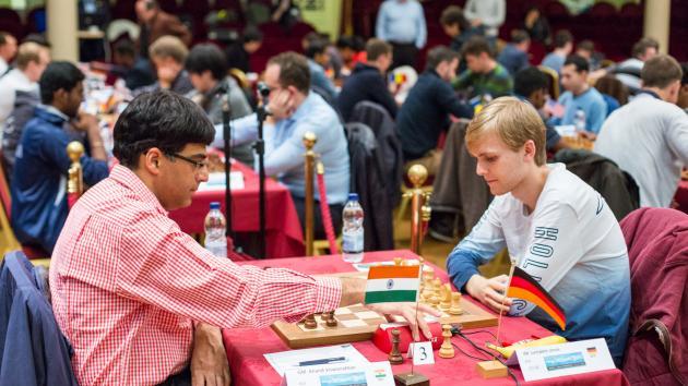 Dos alemanes contienen a Caruana y Anand