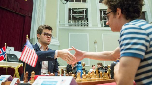 Carlsen-Nakamura avgjør seiersherren av Isle of Man
