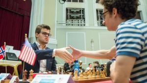 Fotos miniaturas de Carlsen-Nakamura Vão Jogar Para o Título da Ilha do Homem
