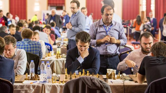 Azerbaijan Beats Russia, Takes Lead In Crete