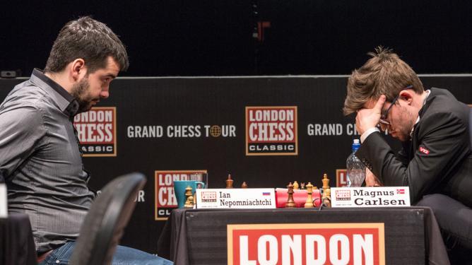 Nepomniachtchi Carlsen 2017 London Chess Classic