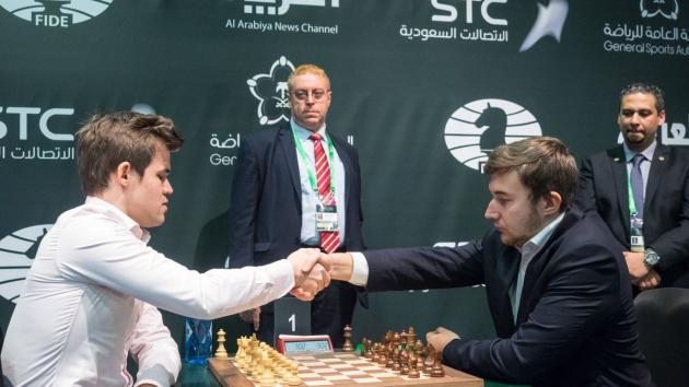 Карлсен выигрывает чемпионат мира по блицу, Карякин занимает второе место