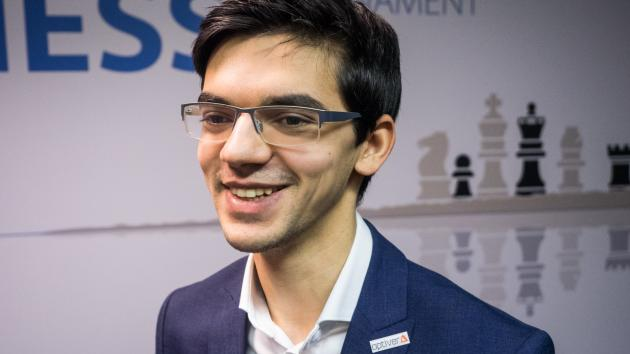 Giri Grabs Sole Lead In 9th Round Tata Steel Chess