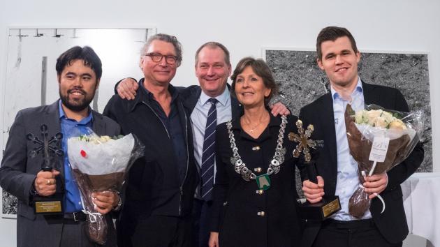 Carlsen gana el Campeonato del mundo de Ajedrez 960
