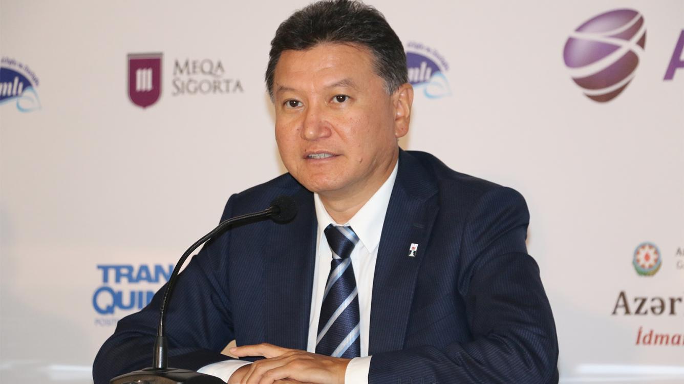 Илюмжинов выходит из гонки за пост президента ФИДЕ