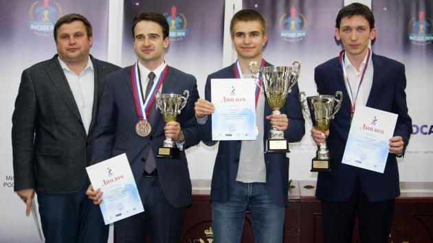 18-летний Алексей Сарана побеждает в Высшей Лиге чемпионата России