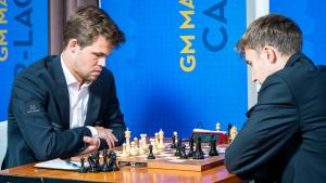 Carlsen Wins 'Throwback' Game To Join Sinquefield Leaders