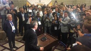 ACABADO DE SAIR: Dvorkovich Eleito Presidente da FIDE