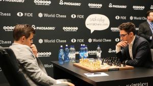 Dünya Satranç Şampiyonası 2. Oyun: Caruana Carlsen'i Şaşırttı Ancak Durum Berabere
