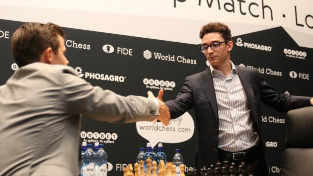 """Championnat du monde, partie 6 : Caruana rate la """"victoire impossible"""""""