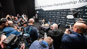 Schach-WM, Runde 9: Ein neuer Remisrekord