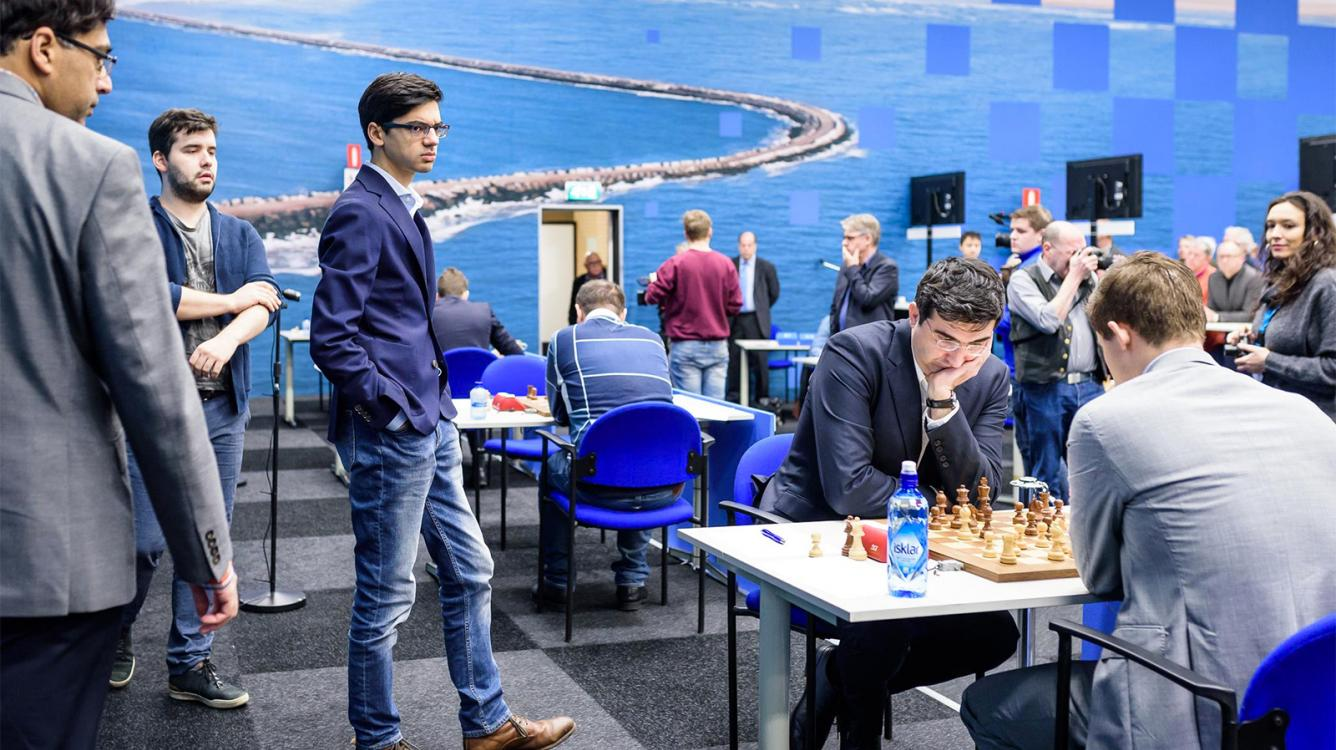 Tata Steel Chess R4: Carlsen Beats Giri's Drawing Streak
